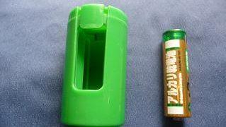 アダプターと電池